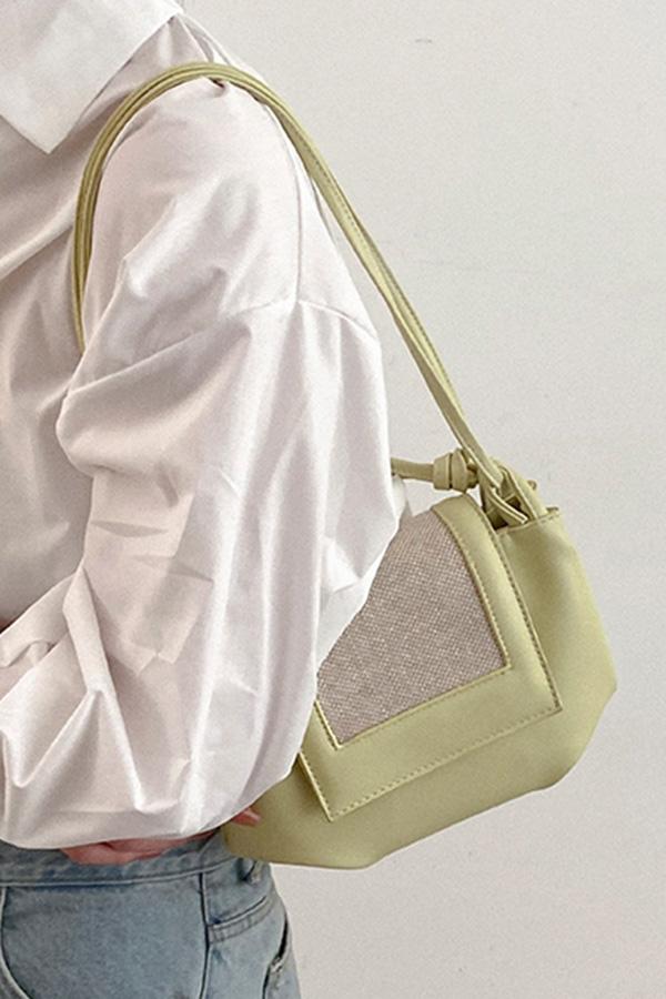 로아나 데일리룩 플랩 숄더 크로스백 (핑크,블랙,옐로우,아이보리)S210506A008BAG