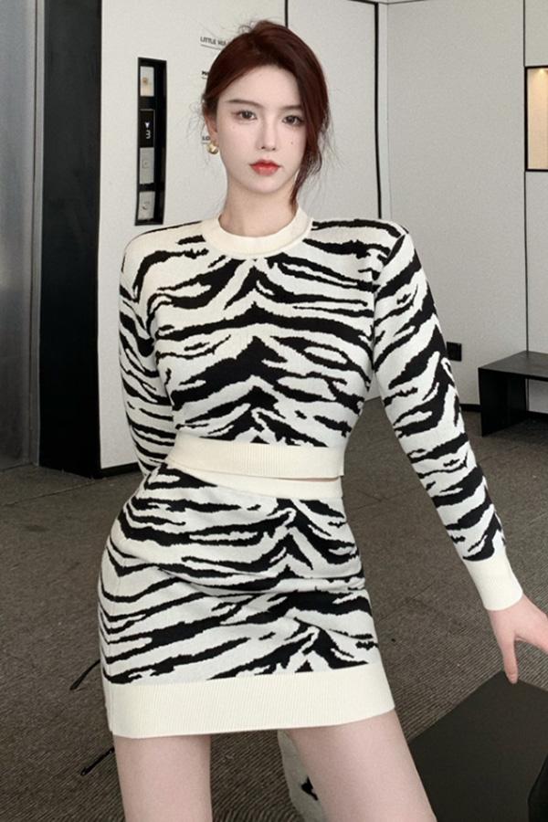 와일드 여성 섹시 시티룩 지브라 패턴 긴소매 롱슬리브 크롭 상의 탑+하이웨스트 미니스커트 투피스 SETS210924J006SET