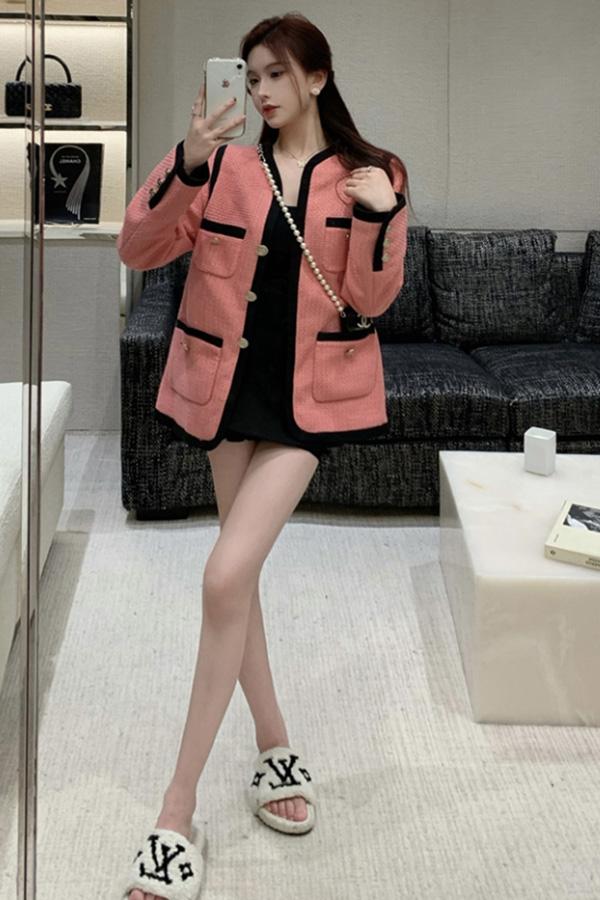 블라썸 여성 세미 포멀 하객룩 핑크 라인 배색 금장 버튼 긴소매 롱슬리브 자켓S210924J012JK