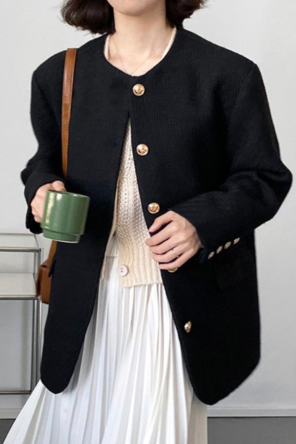 포커스 캐주얼 하객룩 금장버튼 라운드넥 긴소매 롱슬리브 자켓 (블랙,아이보리화이트)S211014J011JK